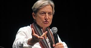 Judith Butler durante coletiva de imprensa no I Seminário Queer, em 2015, no Sesc Vila Mariana (Foto Fanca Cortez)