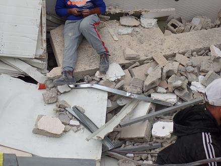 Jerusalém Oriental – Escombros da casa. ©EAPPI/Berenice B